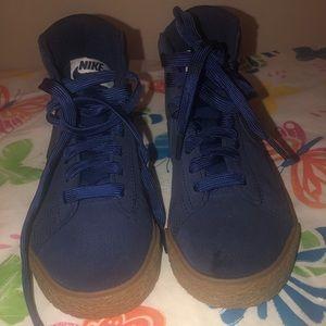 Boys Nike Sued HighTop Shoes